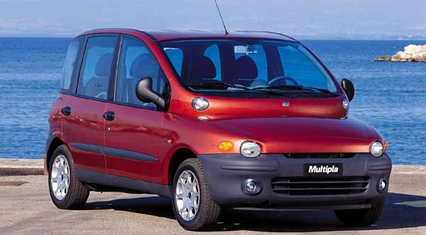 the mark 1 version of the Fiat Multipla in red
